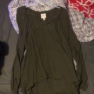 Long sleeve olive green blouse